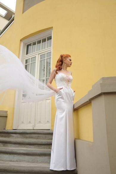 wedding-dress-bar-f1