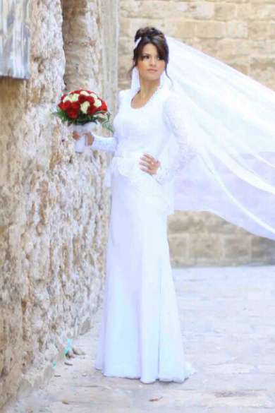 modest-wedding-dress-carmit-f12